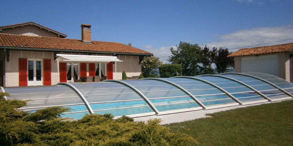 Abri bas de piscine transparent MAgic